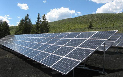 M10B_solar-panel-array-1591350_1280