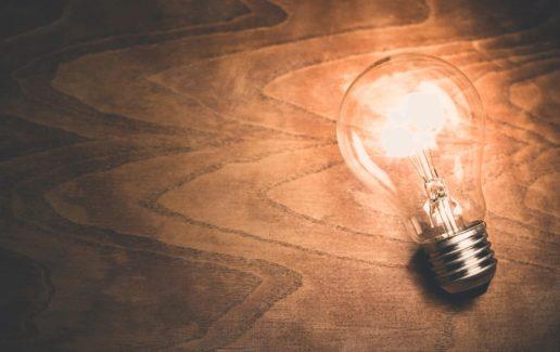 M10B_light-bulb-1246043_1920