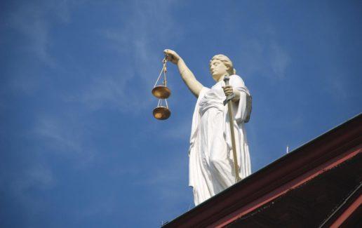 M10C_case-law-677940_1920